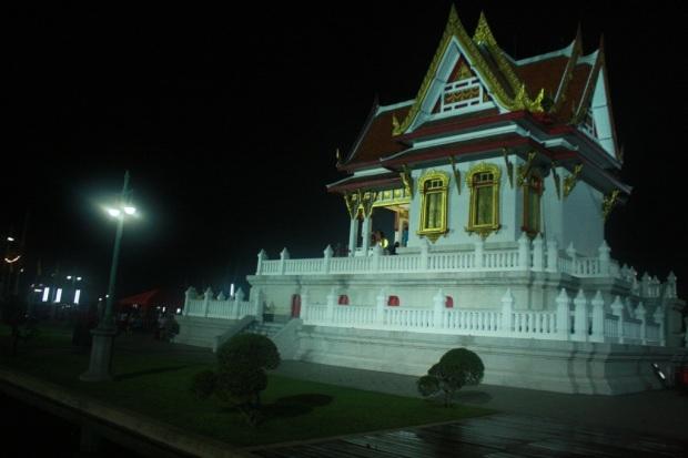 20121202-054011.jpg